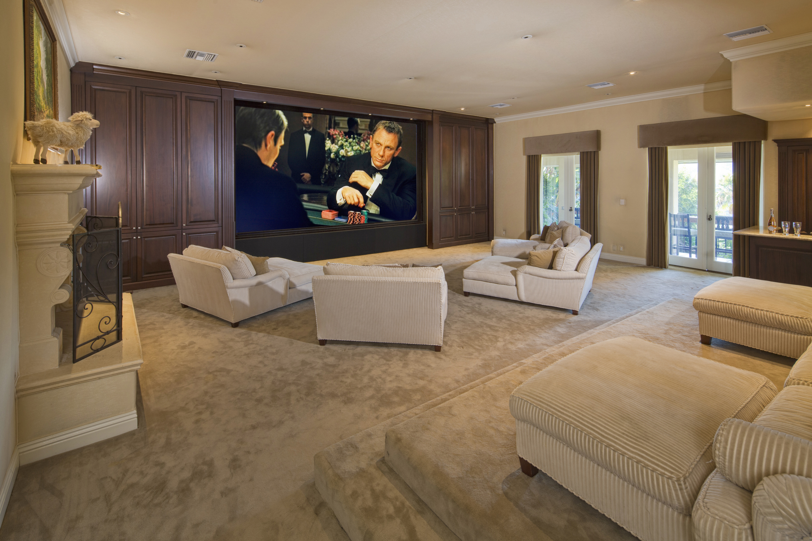 Extravagant Beverly Hills Mansion Once Owned by Mark ...