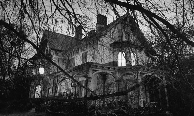 103008 Haunted House