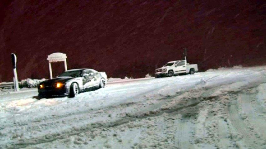 12-31-2014-storm-snow-road-closed