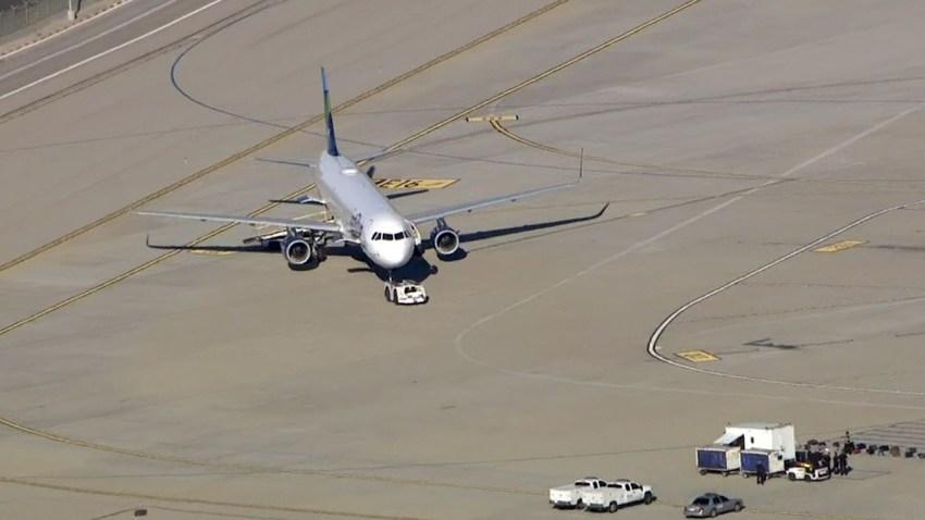 151119-lax-jetblue-plane-security-investigation
