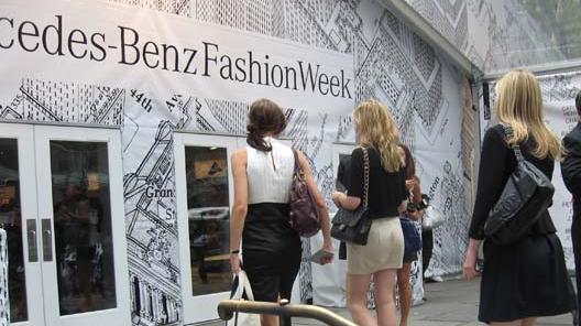 020309 fashion week