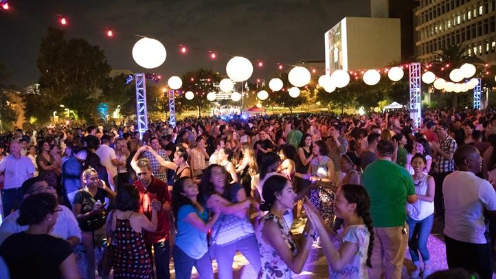 2017_9_1_17_DanceDTLASalsaNight_Javier_Guillen (54 of 102)