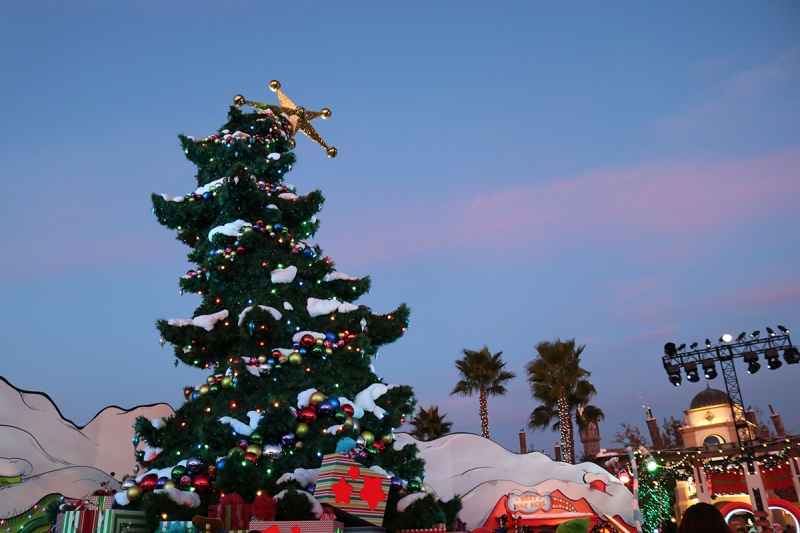 Photos: Join the 'Grinchmas' Festivities at Universal Studios Hollywood
