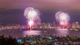 [UGCDGO-CJ-san diego gram]Last nights big bay boom fireworks