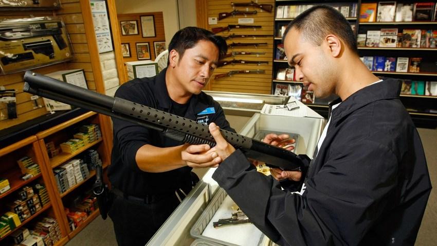 gun show bullet rifle ammunition