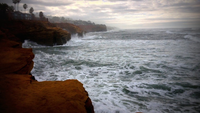 [UGCDGO-CJ-why we love san diego]Sunset Cliffs High Tide Photos