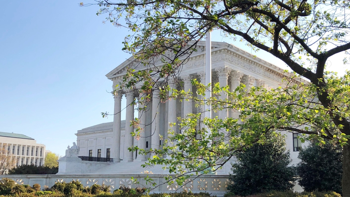 Justices Fear 'chaos' If States Can't Bind Electors' Votes 1