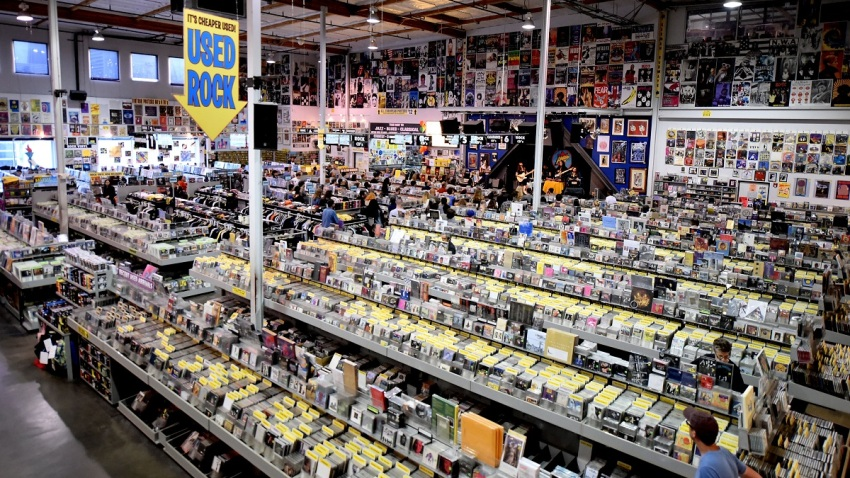 https://media.nbclosangeles.com/2019/09/Amoeba-Music-Building-July-24-2019.jpg?resize=850%2C478