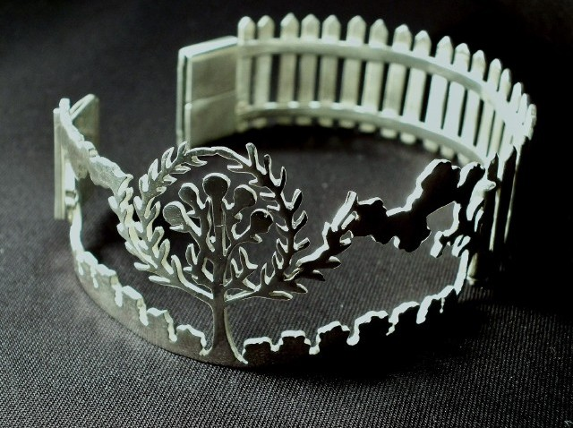 BackyardBracelet