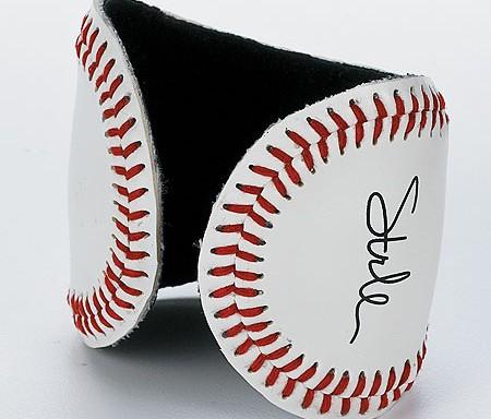 BaseballcuffSmithsonian
