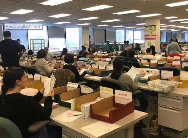 La County Considering Sending Mail Ballots To All Voters Nbc Los Angeles