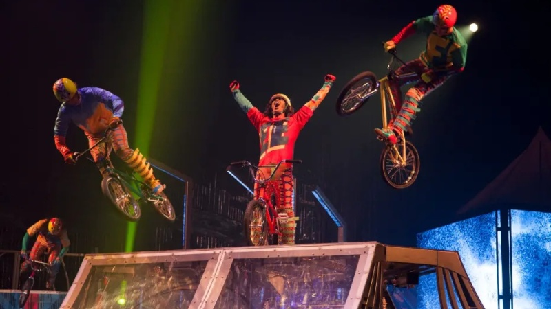 Cirque du Soleil's 'VOLTA' Soars Into Dodger Stadium