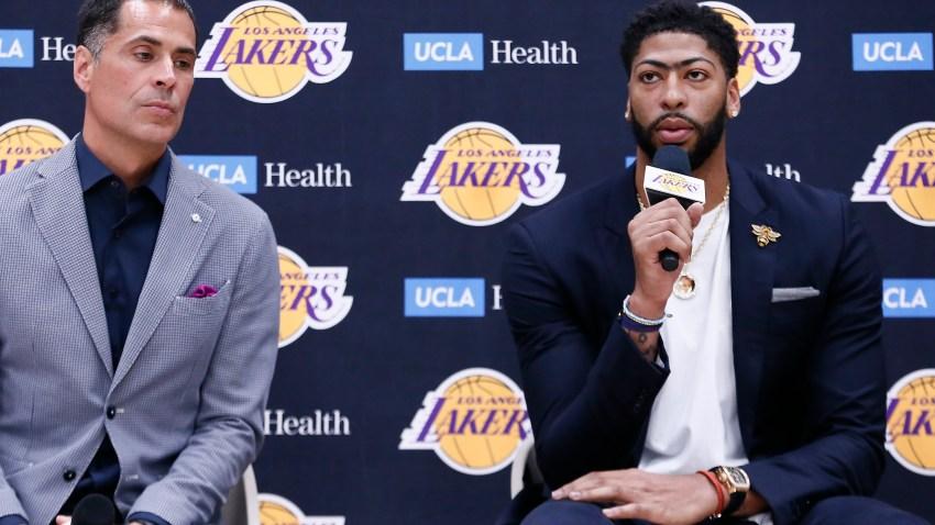 Lakers Anthony Davis Out Vs Mavs Gm Rob Pelinka Gets