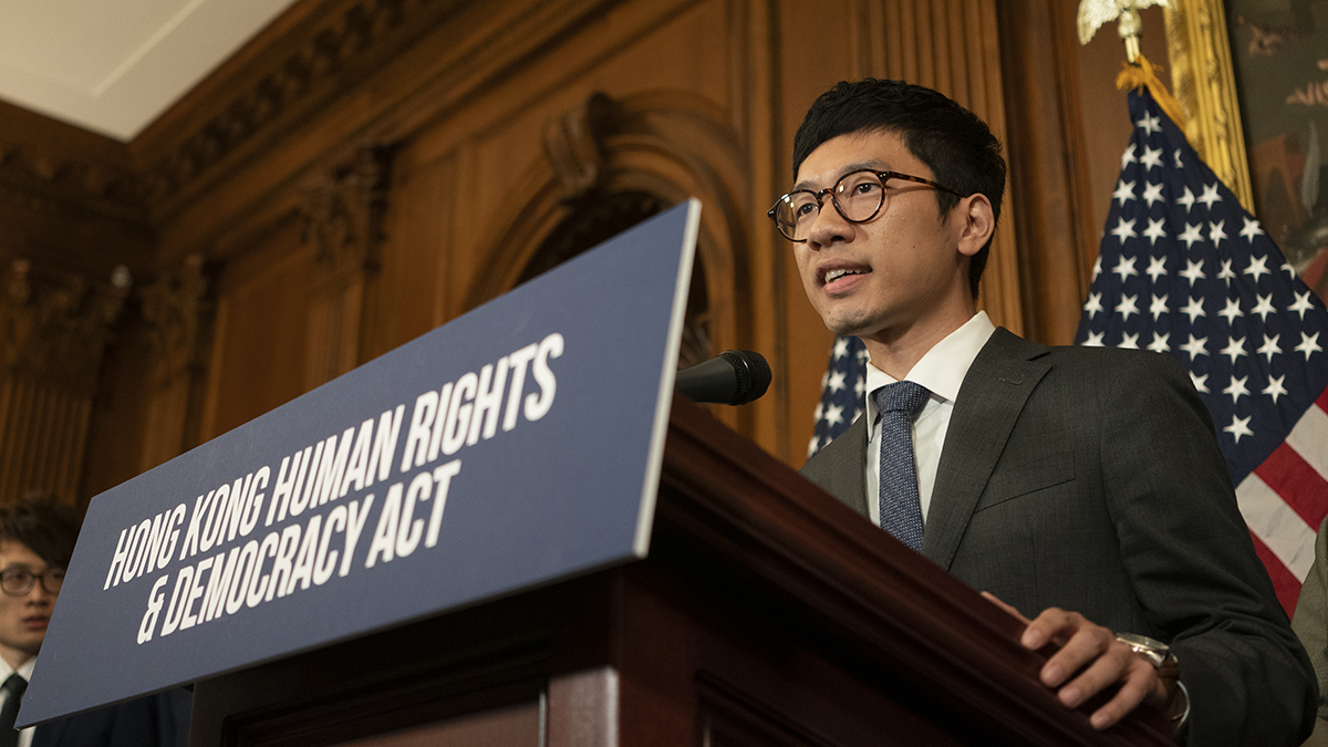 Activist Leaves Hong Kong After New Law to Advocate Abroad 1