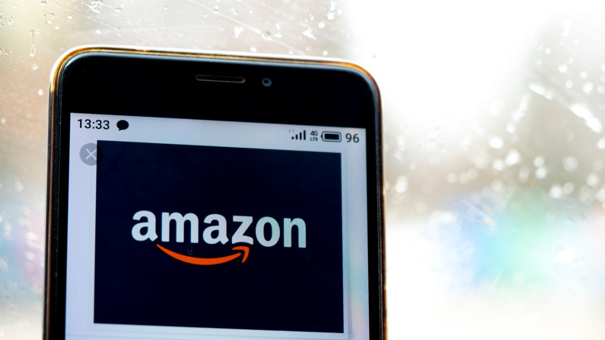 Phishing Scam Targets Amazon Customers Credit Card Information
