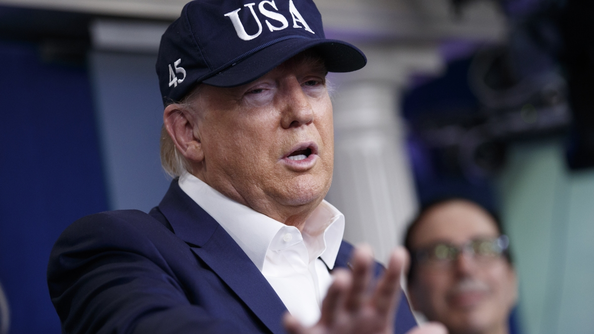 Arc of Trump's Coronavirus Comments Defies Reality on Ground 1