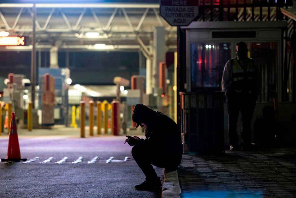 California Rushes to Aid Virus-Stricken Border Region