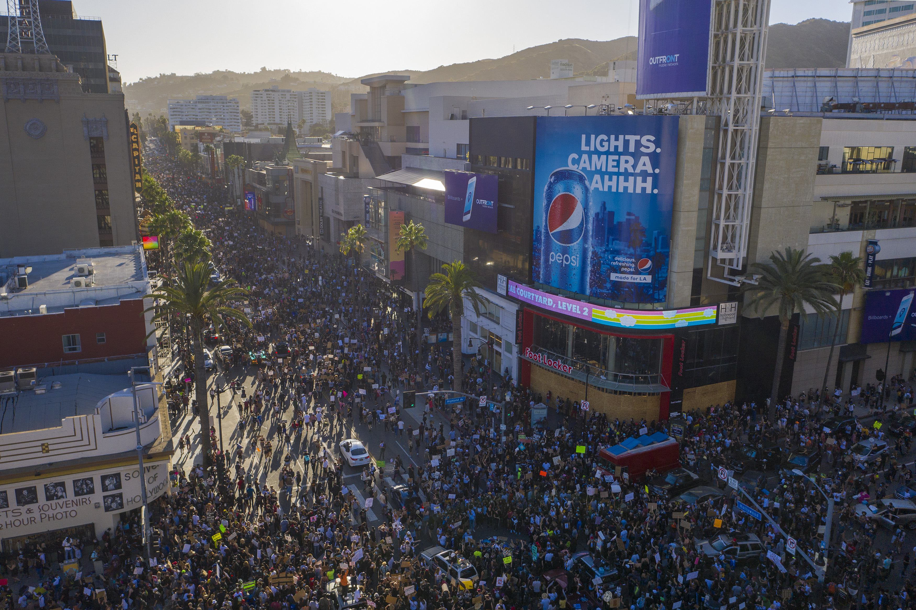 Photos Powerful Messages Of Peace And Unity At Protests In Southern California Nbc Los Angeles