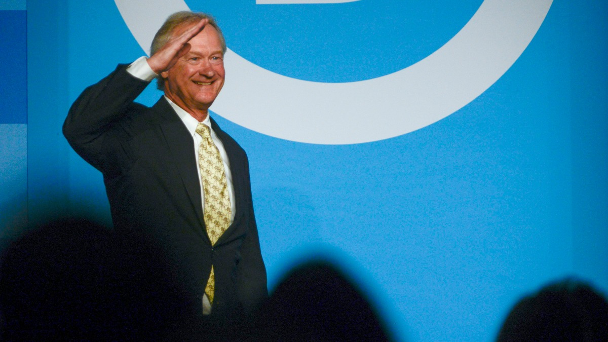 Former RI Gov. Lincoln Chafee Files to Run for President as Libertarian 1