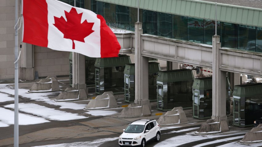 A vehicle makes its way through the Canadian border crossing