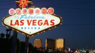 53160198EM011_Las_Vegas_Str
