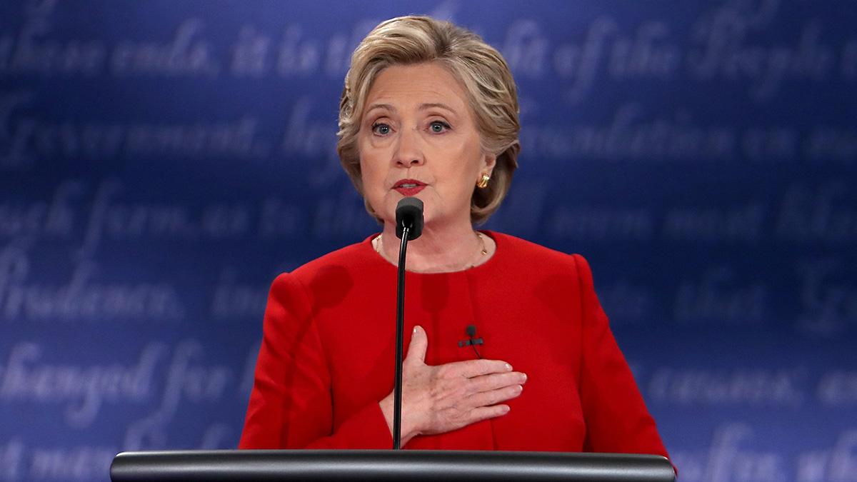 Hillary Clinton Returns to DNC Championing Women in Politics 1
