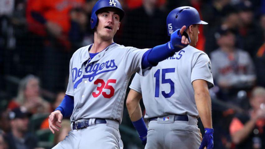 Cody Bellinger Scores World Series Game 4