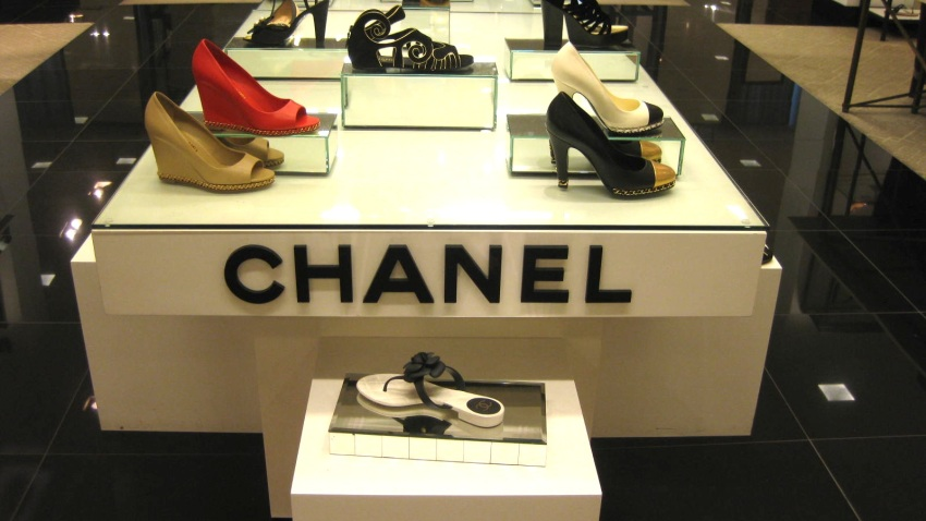 bloomies shoes chanel
