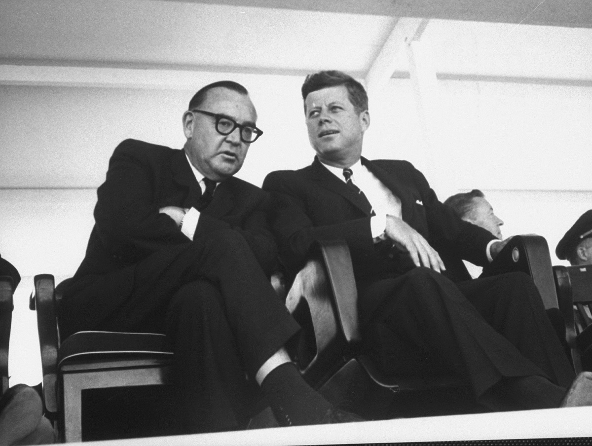 JFK Docs Tied to Ex-California Governors Sold at Auction