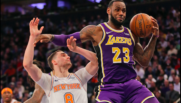 LeBron Puts on Show, But Lakers Lose to Woeful Knicks, 124