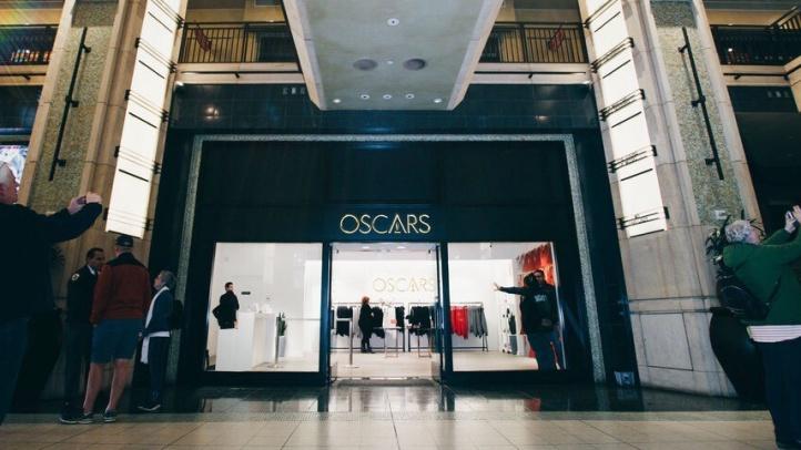 Oscars Pop-Up1234567