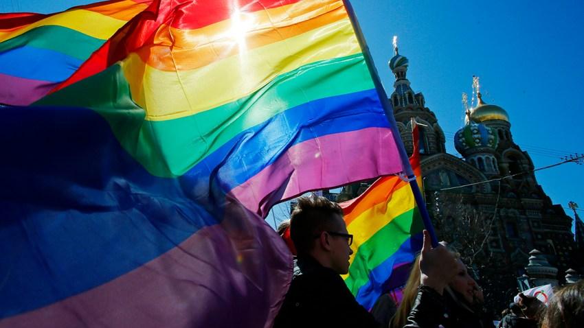 Russia Gay Clampdown