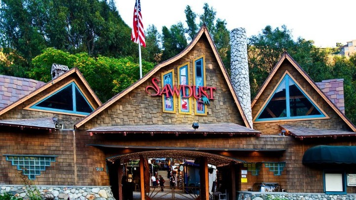 SawdustBldg1