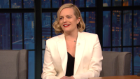 'Late Night': Elisabeth Moss Regrets Doing Her Own Stunts for 'The Invisible Man'