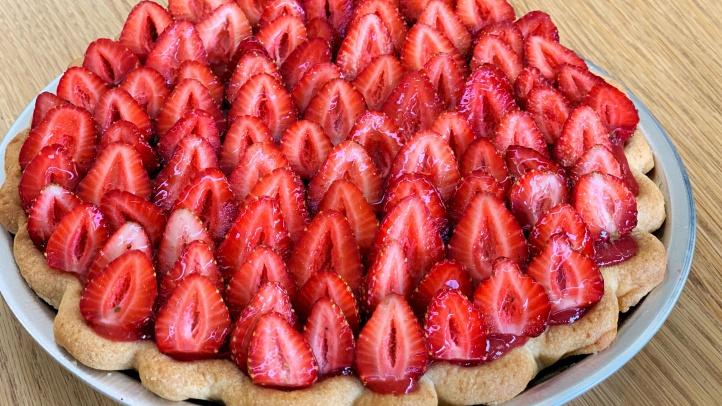 Strawberry Rhubarb Cheesecake Pie1