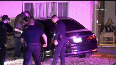 Teen Crashes Stolen Car Into Simi Valley Home Nbc Los Angeles