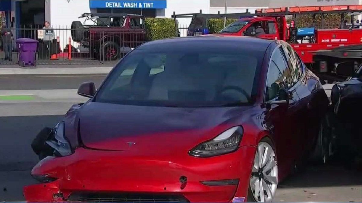 Tesla Driver Loses Control, Hits and Critically Injures Teen Girl in Long Beach
