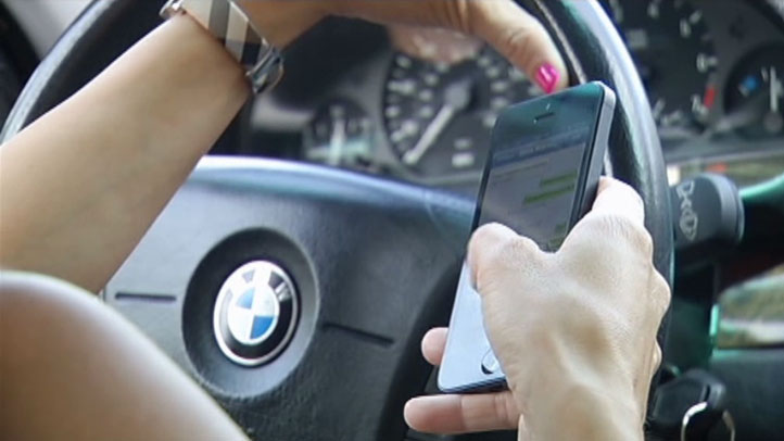 Texting-and-Driving-082113