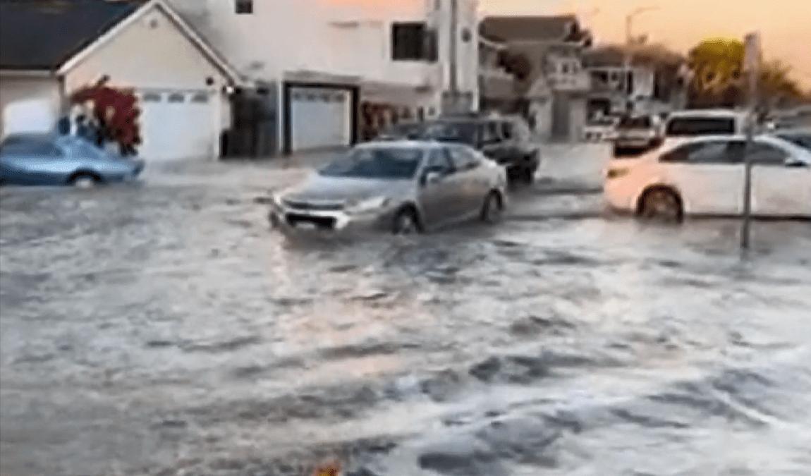 Newport Beach Neighborhood Floods Amid High Surf Advisory