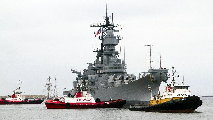 USS_IowaCrowley