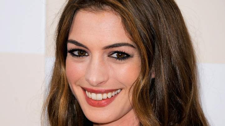 anne-hathaway-one-story