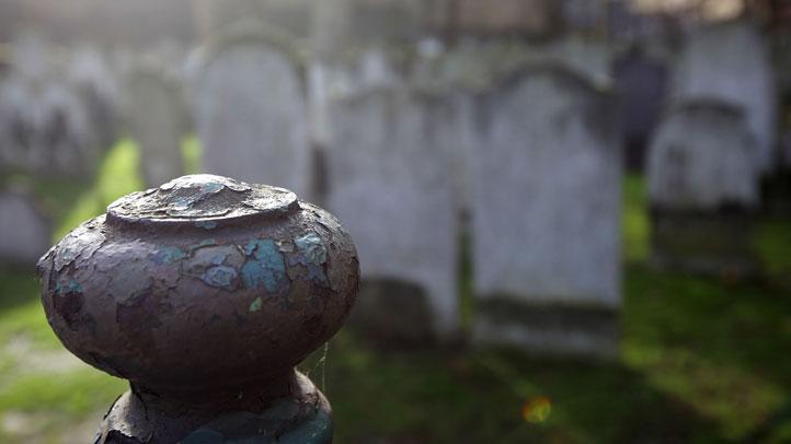 cemetery-generic722x406