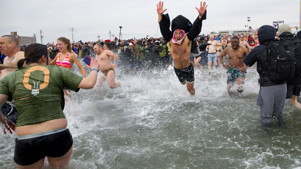 Bathers Splash Into New Year With Ocean Swim Off Coney