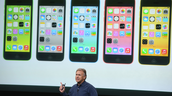 179681877MB00019_Apple_Expe