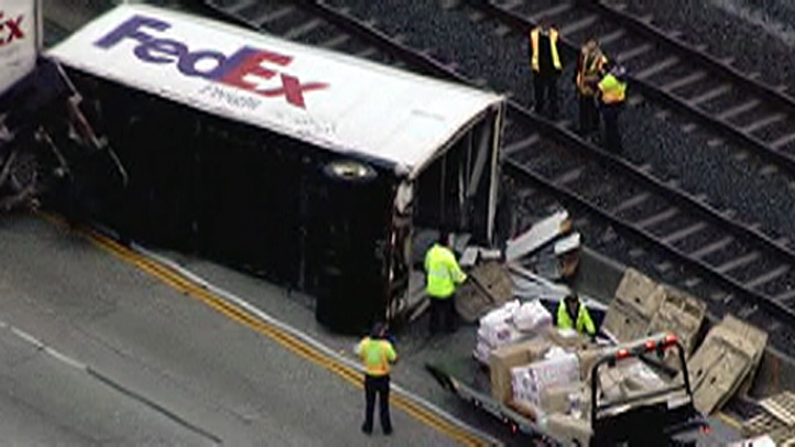 fedex-overturned-eb-210-crash-1