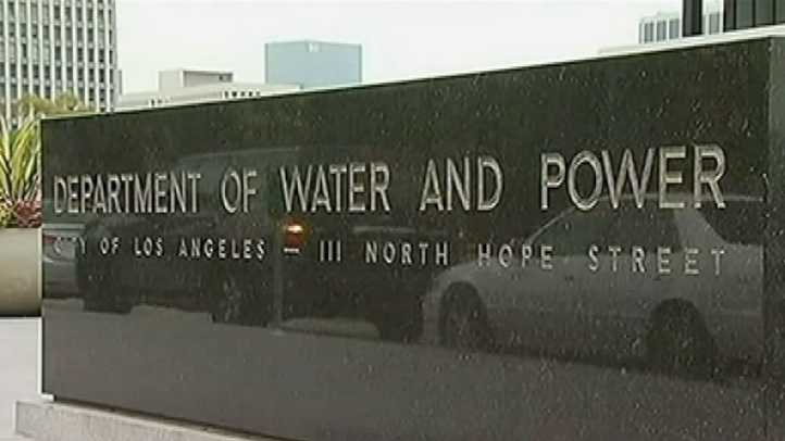 Widespread Power Outage Hits San Fernando Valley – NBC Los ... on internet outage map, ladwp outage map, power outage map, dsl outage map,