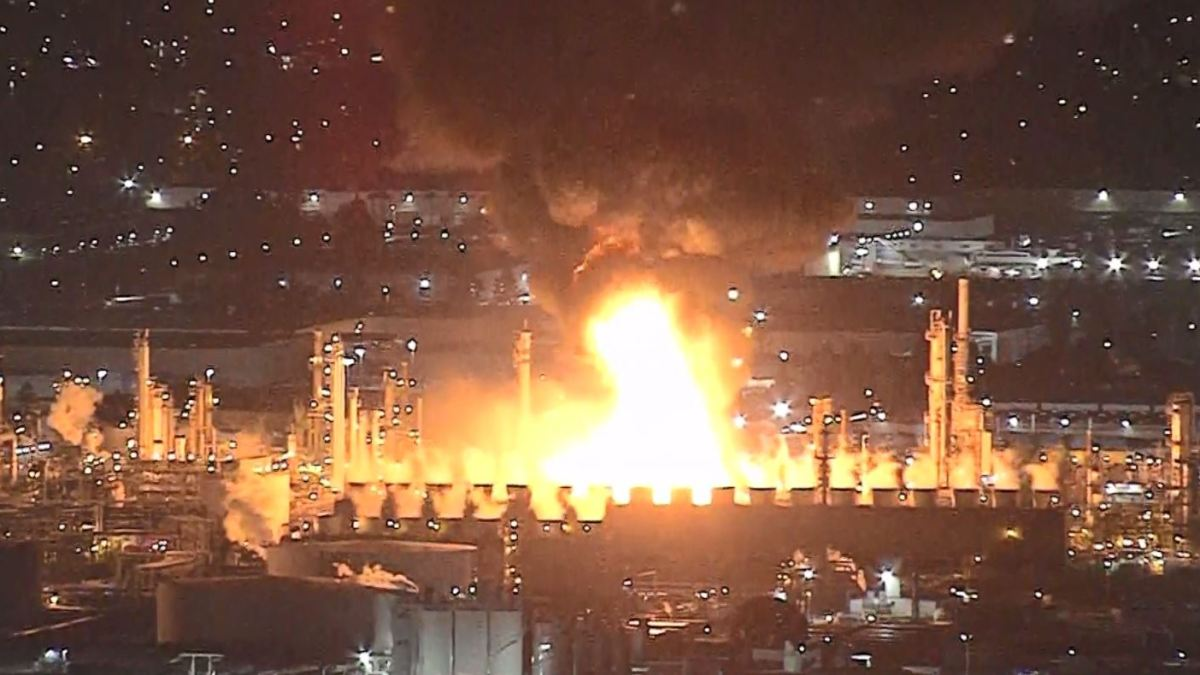 Refinery Fire Nearly Out After Powerful Blasts Rattle Carson Area
