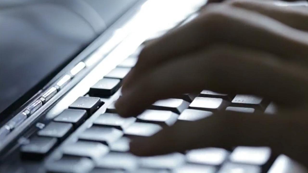 Burglar Pleads Guilty After Downloading Porn During Break-in, Leaving Semen on Laptop