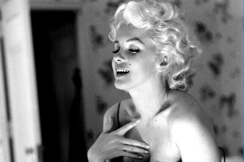 The United States of the Solar System, A.D. 2133 (Book Ten) - Page 32 Marilyn-monroe-2