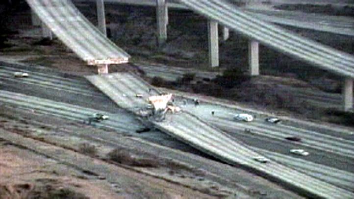 northridge-earthquake-overpass-1